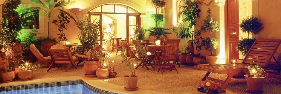 Poolen på hotell Palazzino di Corina i Rethymnon, Kreta.