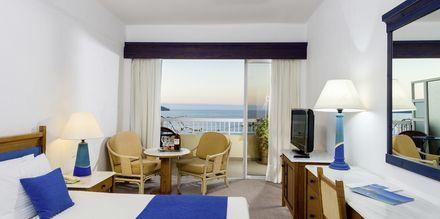 Dubbelrum med havsutsikt på hotell Panorama på Kreta.