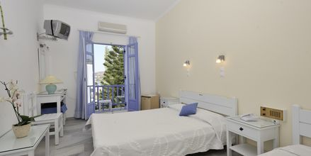 Dubbelrum på hotell Panorama i Paikia på Paros.