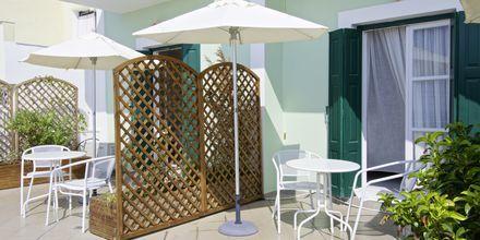 Delad terrass på hotell Panorama på Samos, Grekland.