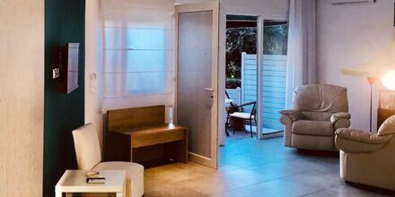 Enrumslägenhet på hotell Panthea i Parga, Grekland.