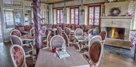 Restaurang på hotell Papigo Towers i Zagoria, Grekland