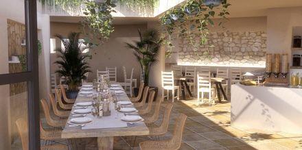 Restaurang på hotell Parasol i Karpathos stad, Grekland.