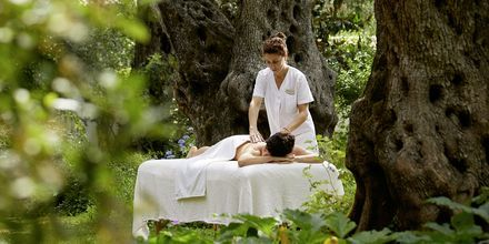 Unna dig en massage på Hotell Parga Beach, Grekland.