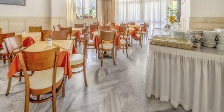 Frukostrummet på hotell Paritsa i Kos stad, Grekland.