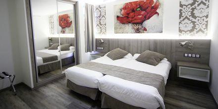Tvårumslägenhet i etage på hotell Parque de las Americas på Teneriffa.