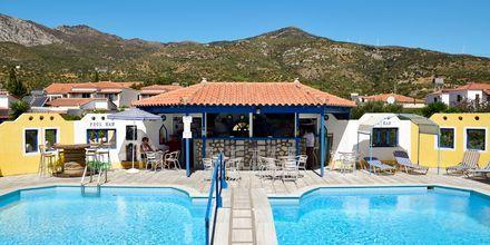 Poolen på hotell Pavlis i Votsalakia på Samos, Grekland.