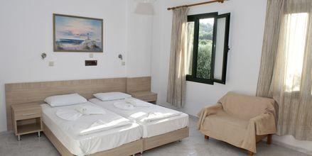Enrumslägenhet på hotell Pelagos Beach i Votsalakia på Samos, Grekland.