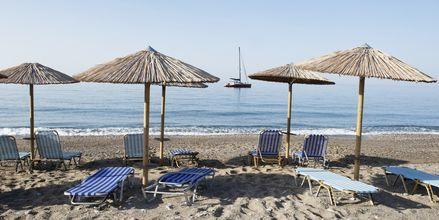 Stranden vid hotell Pelagos Beach i Votsalakia på Samos, Grekland.