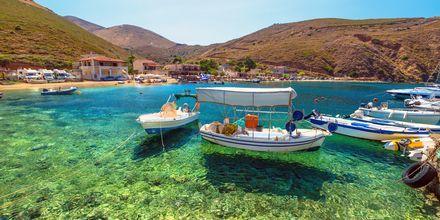 Hamn i Porto Kagio, Peloponnesos, Grekland.