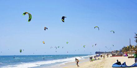 Kitesurfing i Phan Thiet, Vietnam.