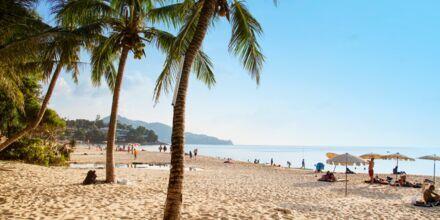 Surin Beach på Phuket i Thailand.