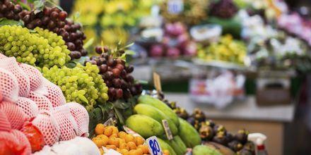 Fruktmarknad på Phuket i Thailand.