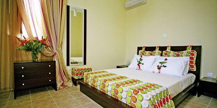 Tvårumslägenhet på hotell Pierides i Kardamili, Grekland.