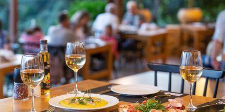 Testa den traditionella grekiska maten.