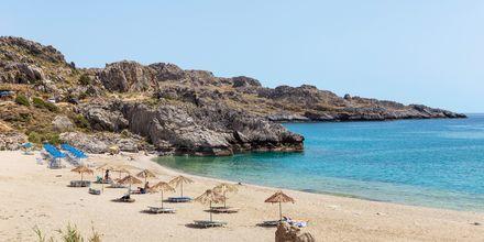 Njut av sköna dopp i det azurblå vattnet i närheten av Plakias på Kreta.
