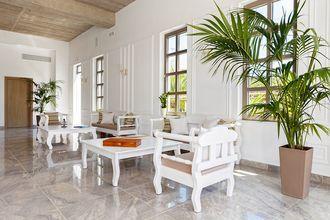 Receptionen på hotell Platanias Ariston, Kreta.