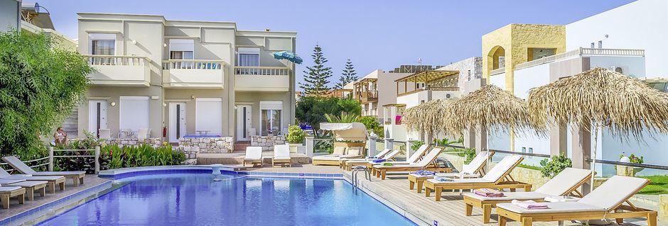 Poolområde på hotell Platanias Mare i Platanias, Kreta.