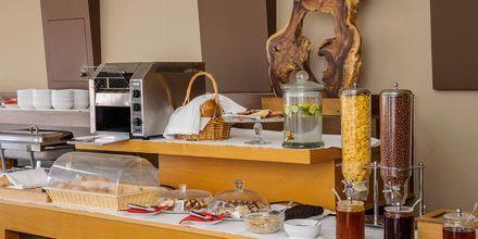 Frukost på hotell Platanias Mare i Platanias, Kreta.