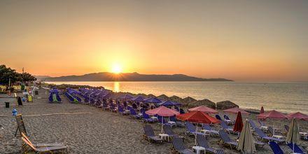 Stranden utanför hotell Platanias Mare i Platanias, Kreta.