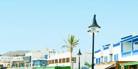 Strandpromenaden i Playa Blanca.