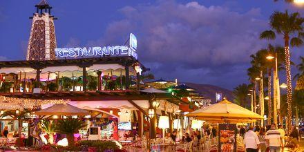 Playa de las Americas bjuder på ett härligt nattliv.