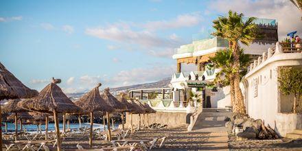 Strand i Playa de las Americas på Teneriffa, Kanarieöarna.