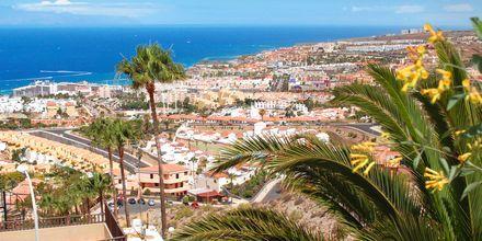 Utsikt över Playa de las Americas på Teneriffa, Kanarieöarna.