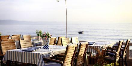 Restaurang med fantastisk utsikt i Podgora i Kroatien.