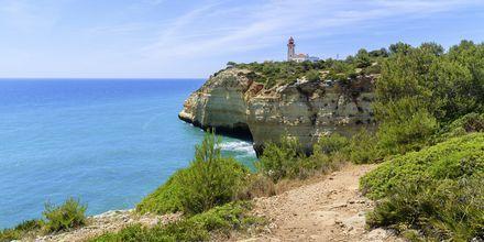 Härliga vandringsleder längs med Algarvekusten.