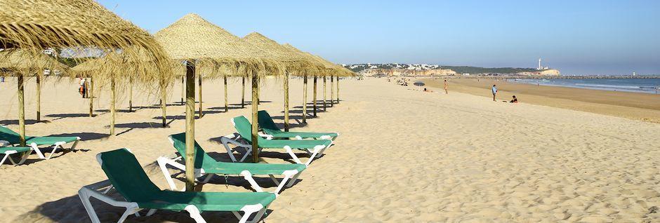 Praia da Rocha-stranden vid Portimão på Algarvekusten.