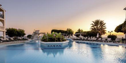 Poolområde på hotell Porto Iliessa i Argassi på Zakynthos.