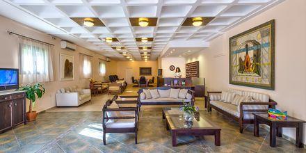 Lobbyn på hotell Porto Platanias Village på Kreta.