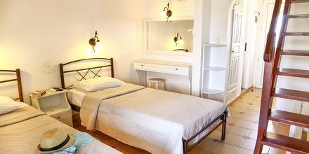 Tvårumslägenhet i etage på hotell Poseidon på Skiathos, Grekland.