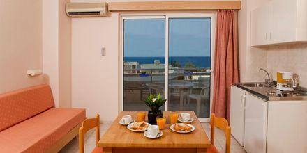 Tvårumslägenhet på hotell Poseidonia i Ixia, Rhodos.