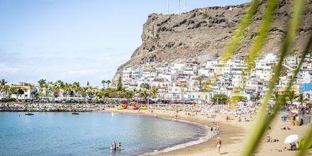 Stranden i Puerto de Mogán på Gran Canaria, Spanien.
