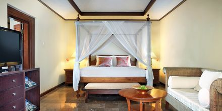 Deluxerum på hotell Puri Santrian i Sanur, Bali.