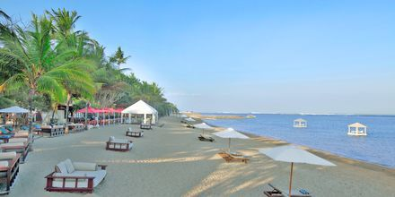 Stranden vid hotell Puri Santrian i Sanur, Bali.