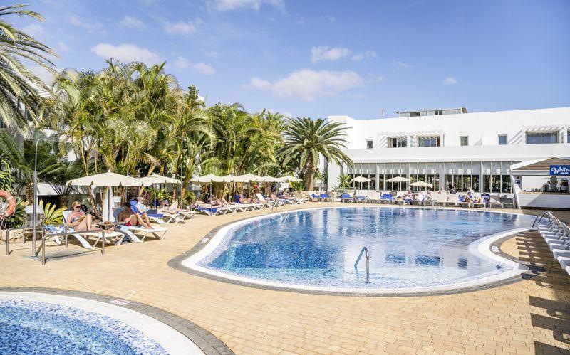Hotell r2 bahia playa design hotel spa costa calma for Designhotel fuerteventura