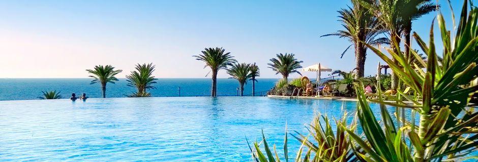 Poolområde på R2 Rio Calma Hotel & Spa i Costa Calma, Fuerteventura.