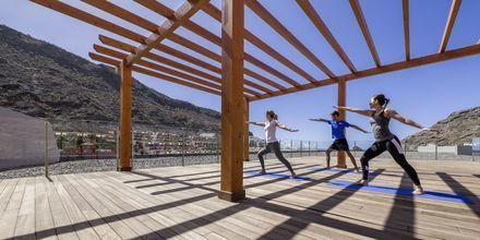 Yoga på Radisson Blu Resort & Spa i Puerto de Mogán på Gran Canaria.
