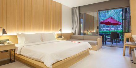 Deluxerum plus på hotell Ramada Resort Khao Lak i Thailand.