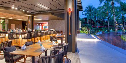 Bar på hotell Ramada Resort Khao Lak i Thailand.