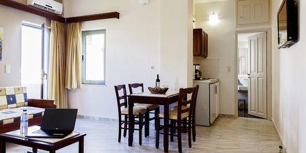 Tvårumslägenhet på hotell Rania i Platanias, Kreta.