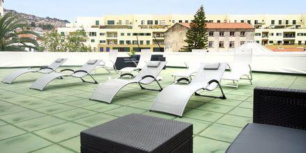 Terrassen på hotell Residencial Greco i Funchal på Madeira.