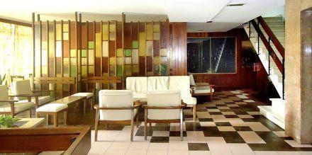Lobby på hotell Residencial Greco i Funchal på Madeira.