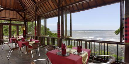 Restaurang på Respati Beach i Sanur på Bali, Indonesien.
