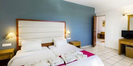 Tvårumslägenhet på hotell Rethymno Residence vid Rethymnon kust på Kreta, Grekland.
