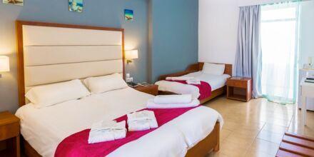 Superiorrum på hotell Rethymno Residence vid Rethymnon kust på Kreta, Grekland.