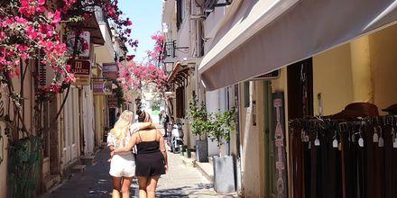 Rethymnon stad är ett perfekt resmål både för kompisar, par och familjer.